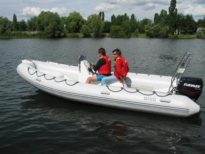 модель FALCON 570 sport