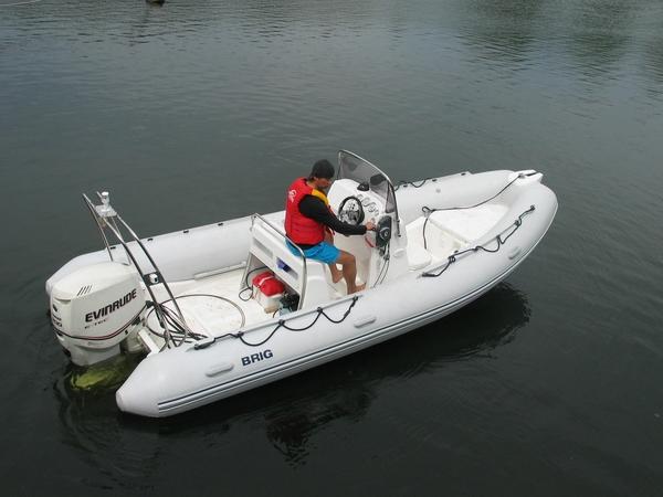 модель FALCON 570 DELUXE