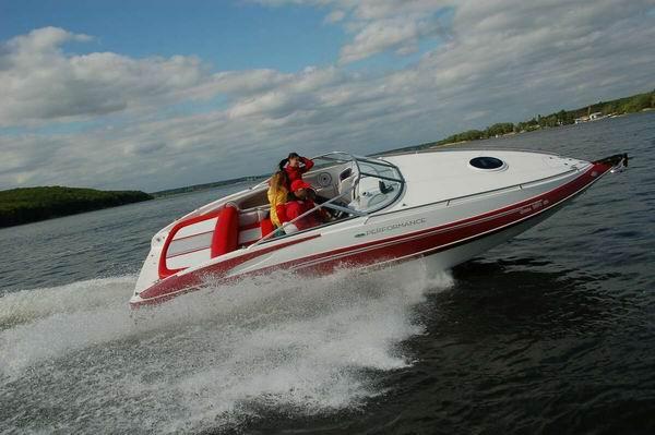 катер Cobra 2650